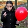 Аватар Странная девочка с шариком