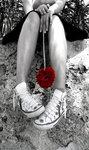 Аватар эмо розочка и кеды (© teenagre), добавлено: 02.10.2008 10:03