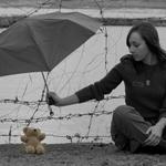 Аватар Мишка под зонтиком