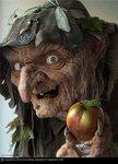 Аватар Милая старушенция Бабка Ёжка угощает яблочком