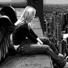 Аватар одинокий ангел в городе
