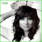 Аватар Брюнетка с зелеными глазами