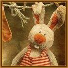 99px.ru аватар Игрушечный заяц сохнет на верёвке