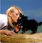 Аватар блондинка с собачкой (© Анна), добавлено: 03.06.2010 14:43