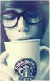 Аватар Парень в очках пьет кофе.