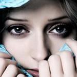 Аватар Лицо девушки с большими глазами.