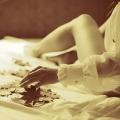 Аватар рука девушки с осенним листом (© Радистка Кэт), добавлено: 25.11.2010 01:33
