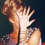 Аватар Девушка закрыла лицо рукой (© Радистка Кэт), добавлено: 22.02.2011 07:28