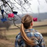 Аватар Девушка возле дерева с цветными конвертами (© Радистка Кэт), добавлено: 23.02.2011 21:00