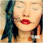 Аватар Девушка с веточкой в губах (tears)