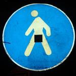Аватар Дорожный синий знак с человеком, у которого черный квадрат на интимном месте