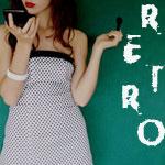 Аватар Девушка в платье в мелкий горох смотрит в зеркало ('Retro')