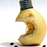 Аватар Коллаж. Надкусанная груша-лампочка