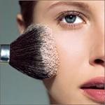Аватар Девушка с кисточкой для макияжа красит лицо (© Anastasia_Ищтв), добавлено: 16.04.2011 00:22