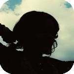 Аватар Силуэт девушки на фоне неба