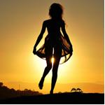 Аватар Девушка бегает на закате солнца