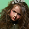 Аватар Девочка с диадемой на голове