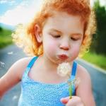Аватар Ребенок с одуванчиком