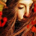 Аватар Сильный ветер растрепал волосы и испортил девушке всю причёску (© Anatol), добавлено: 22.11.2011 01:50