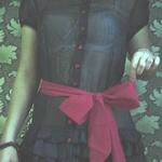 Аватар Красный бант на блузке