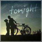 Аватар Парень с девушкой стоят с ведосипедом на фоне неба (Tonight / Этой ночью)