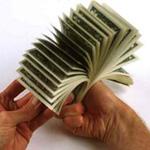 Аватар Пачка долларов в мужских руках