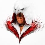 Аватар Главный герой игры Assassin's Creed III / Кредо убийцы 3 в белом капюшоне в виде птицы с красным воротником в виде крыльев