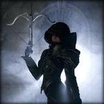 Аватар Стройная девушка с капюшоном на голове и поднятым арбалетом в руке на фоне пробивающегося света, эпизод из компьютерной игры Diablo III: Demon Hunter / Диабло 3: Охотник на демонов