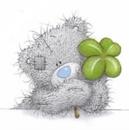 Аватар Мишка Тедди держит в руках листочек четырехлистного клевера