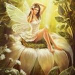 Аватар Девушка фея сидит на ромашке поправляя волосы
