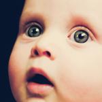 Аватар Малыш с большими серыми глазами