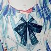 Аватар Девушка с голубыми волосами с бантом на шее в белой блузке чуть улыбается