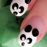 Аватар Маникюр в виде мордочек панды на женских ногтях