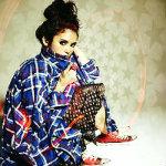 Аватар Nina Dobrev / Нина Добревсидит сидит у стены, фотосессия для Nylon Magazine