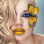 Аватар Девушка с желтой бабочкой у глаза и с желтыми губами