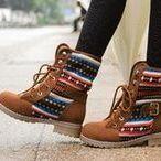 Аватар Ножки девушки в ботинках