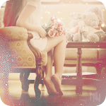 Аватар Девушка сидит в кресле, положив на колени букет нежных роз
