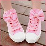Аватар Ножки в розовых кроссовках с бантами