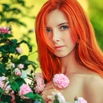 Аватар Девушка с яркими волосами стоит у куста цветов