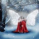 Аватар Девочка - ангел сидит на снегу
