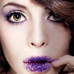 Аватар Модель с сиреневыми тенями на глазах и с сиреневыми блестками на губах
