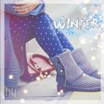 Аватар Ноги сидящей девушки, в теплых зимних сапогах (Winter / Зима)