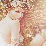 Аватар Девушка в веночке из цветов сидит в поле, рядом летает бабочка