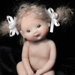 Аватар Девочка кукла с бантиками