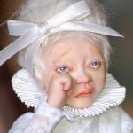 Аватар Грустная беловолосая кукла