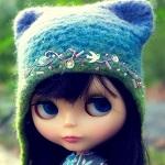 Аватар Кукольное личико в вязанной шапочке