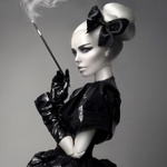 Аватар Гламурная кукла-блондинка курит