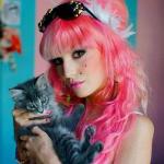 Аватар Модель и модельер Одри Китчинг / Audrey Kitching с котенком