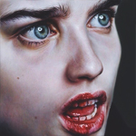 Аватар Грустная девушка с кровавыми губами