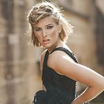 Аватар Белокурая девушка с короткой стрижкой, фотограф Julia Trotti